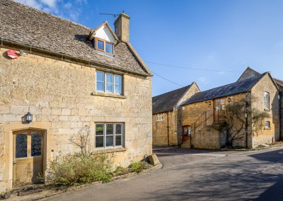 18 - Cotswold Charm - GL55 6ED - Email_