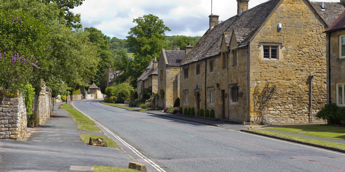why visit the costwolds charm